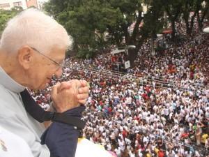 Dom Vicente Zico acompanha o Círio de Nazaré (Foto: Igor Mota / Jornal Amazônia Jornal)