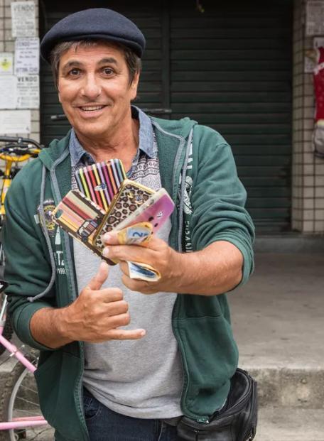 Evandro Mesquita é Almir em 'Rock story' (Foto: TV Globo)