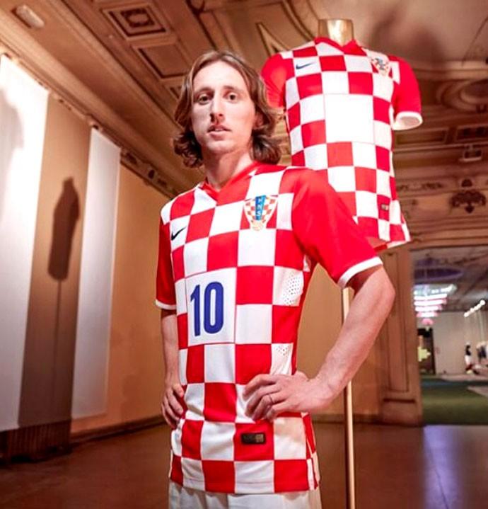 aade18794 Luka Modric camisa seleção da Croacia evento nike em madrid (Foto   Divulgação   Nike