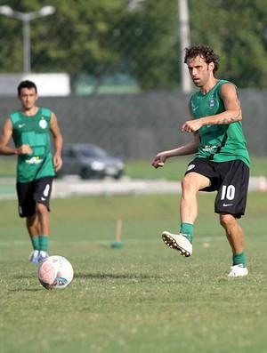 Lincoln no treino do Coritiba (Foto: Divulgação / Site oficial do Coritiba)