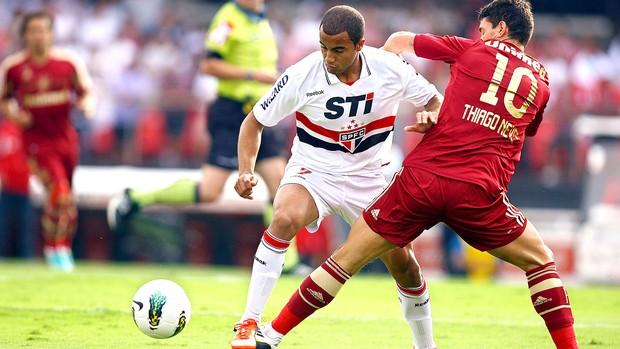 Lucas na partida do São Paulo contra o Fluminense (Foto: Wander Roberto / Vipcomm)