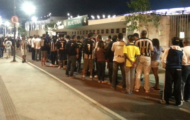 Bilheteria Maracanã Botafogo x Vitória (Foto: Thales soares)