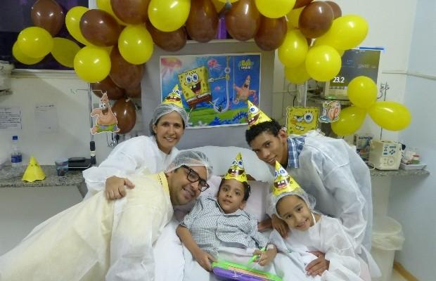 Gêmeo siamês Heitor Brandão completou 6 anos e ganhou aniversário em hospital de Goiânia, Goiás (Foto: Divulgação/HMI)