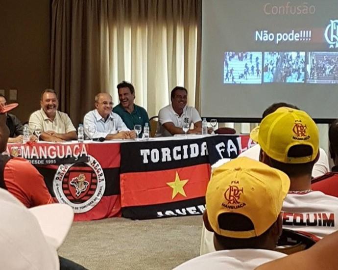 """""""Não pode confusão"""": slide aponta riscos de ações que podem prejudicar o Flamengo (Foto: Arquivo pessoal)"""