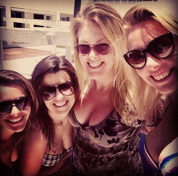 Ana Hickmann entre amigas (Foto: Reprodução_Instagram)