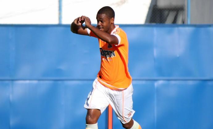 Dieguinho, gol do nova iguaçu sobre o Boavista (Foto: Bernardo Gleizer/ASCOM NIFC)