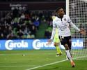 Sem Balotelli, Plea faz hat-trick e garante a vitória do Nice sobre o Metz