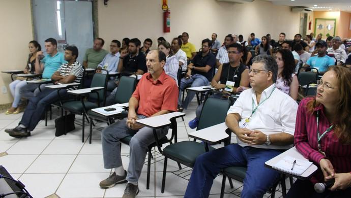 Público presente no seminário (Foto: Renato Pereira)