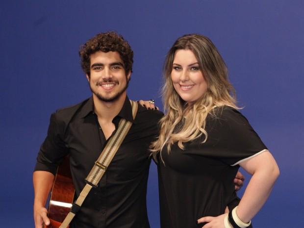 Caio Castro e Ana Clara gravando clipe (Foto: Leo Franco /Agnews )