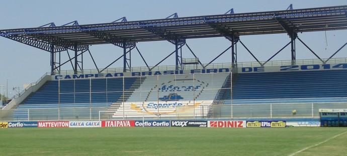 Estádio cláudio moacyr de azevedo, o moacyrzão, macaé (Foto: Gustavo Garcia / GloboEsporte.com)