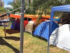 Acampados há 7 dias, manifestantes criam 'residencial' em avenida de MS