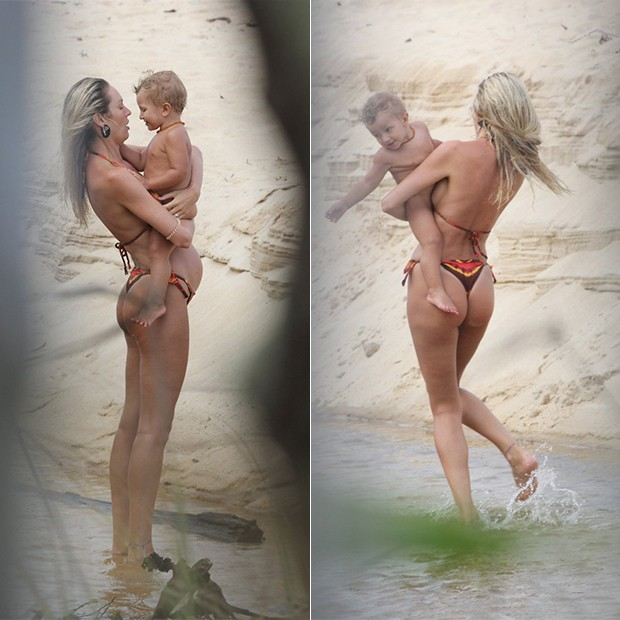 Candice Swanepoel e o filho, Anacã, na Praia de Caraiva no Trancoso na Bahia (Foto: AgNews)