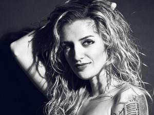 Mariana é cantora e considera o Guns N' Roses uma das suas influências (Foto: Arquivo pessoal/ Mariana Moraes)