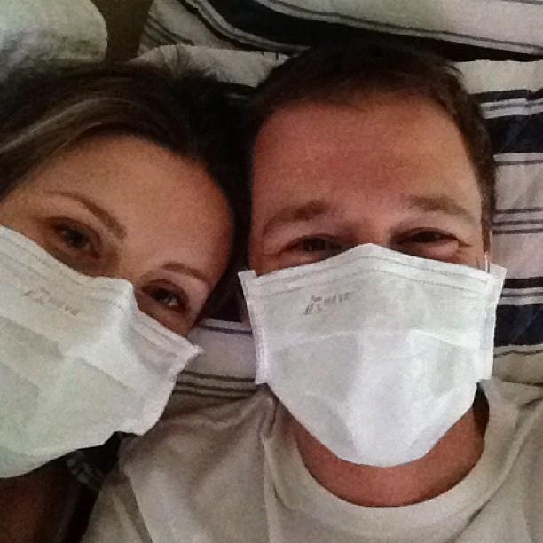 Tiago Leifert Daiana Garbin doentes (Foto: Reprodução/Instagram)
