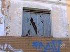Moradores cobram limpeza contra o Aedes aegypti em locais abandonados