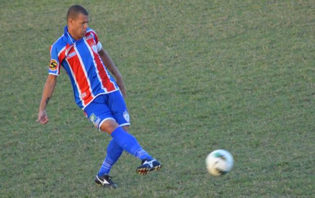 Valdson rechaça aposentadoria (Foto: Felipe Martins/GLOBOESPORTE.COM)
