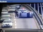 Capotamento deixa trânsito lento na ponte Pedro Ivo, em Florianópolis