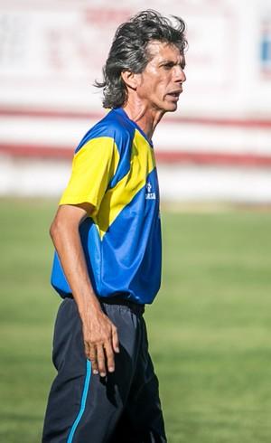 Iedo Morgado, treinador do Boca Júnior-SE (Foto: Filippe Araújo/TV Sergipe)