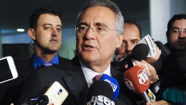 O presidente do Senado Federal, Renan Calheiros (PMDB-AL) concede entrevista (Foto: Jonas Pereira/Agência Brasil)