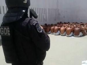 Grupo de Operações Especiais foi até a Cadeia Pública de Nova Cruz para intervenção (Foto: G1)