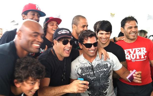 Anderson Silva, Sergio Mallandro, Erick Silva e Rogério Minotouro (Foto: Raphael Marinho)