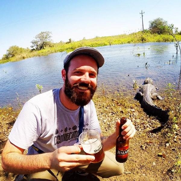 Em algum lugar do Pantanal, tomando uma cerveja em boa companhia