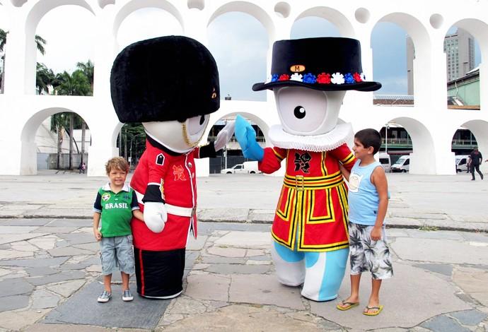 Mascotes das Olimpíadas Lapa  (Foto: Carol Fontes)