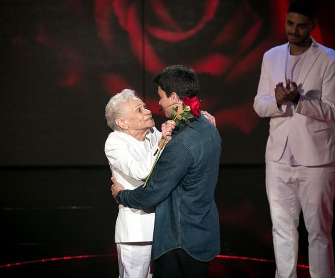 Arthur Aguiar se emociona com sua tia avó no programa  (Foto: Isabella Pinheiro/Gshow)