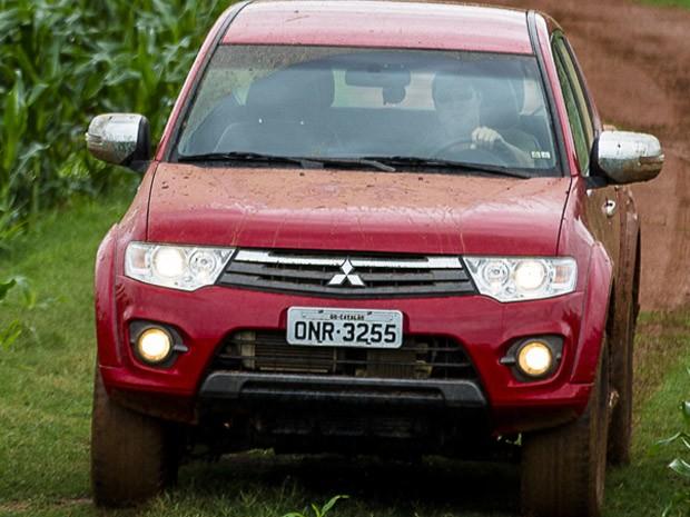Nova Mitsubishi L200 Triton 2014 | Car Interior Design
