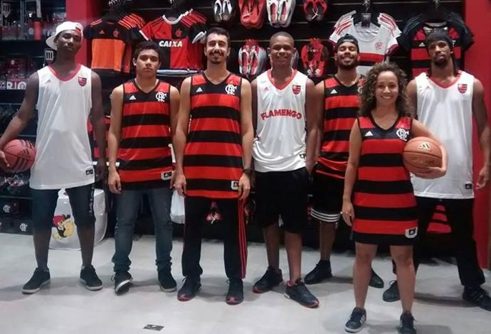 Nova camisa basquete Flamengo loja oficial (Foto: Reprodução/Facebook)