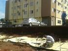 Muro de hotel cai e janelas quebram  (Osvaldo Nóbrega/ TV Morena)