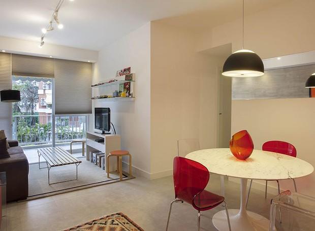 Funcional e moderno apartamento decorado em apenas 65 m for Casa moderna 80m2
