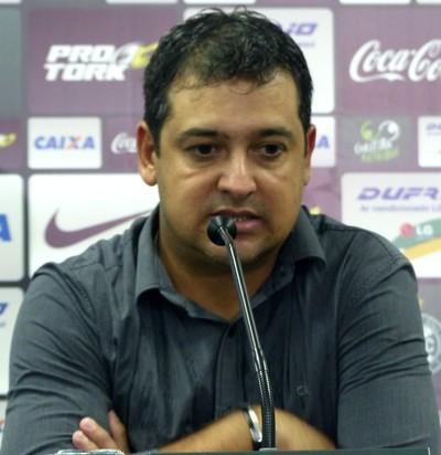 Marquinhos Santos, técnico do Coritiba (Foto: Monique Silva)