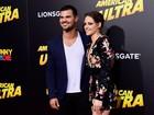 Kristen Stewart e Taylor Lautner se 'reencontram' em première nos EUA
