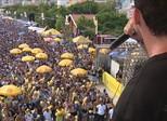 Bloco de música eletrônica reúne 70 mil pessoas em Florianópolis