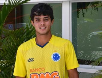 Meia Lucas Kevin, do juniores do Cruzeiro (Foto: Danilo Sardinha/GloboEsporte.com)