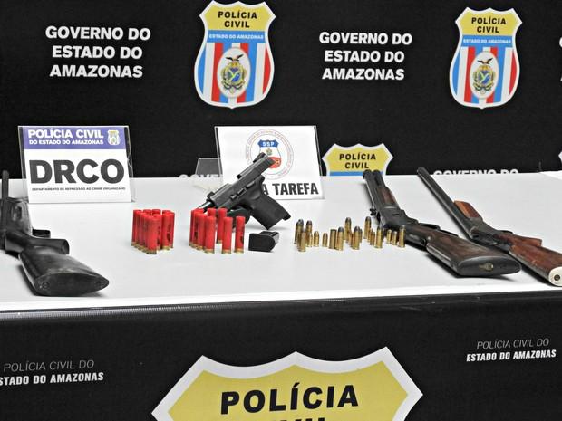 Armas foram encontradas em sítio de Deivid (Foto: Ísis Capistrano/ G1)