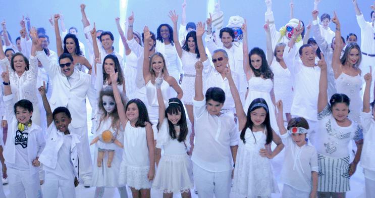 Elenco do SBT grava vinheta de final de ano (Foto: Divulgação)