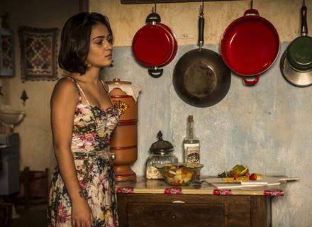 Olívia encara Luzia após descobrir a verdade sobre seu pai