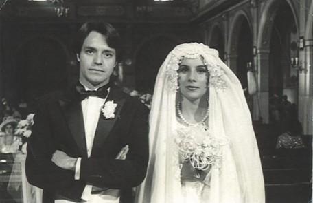 Com Valdir Fernandes na novela Os imigrantes, de Benedito Ruy Barbosa, exibida pela Band em 1981 Reprodução