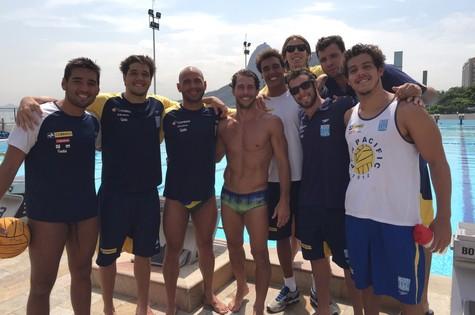 Flávio Canto com parte da seleção brasileira de pólo aquático (Foto: Divulgação)