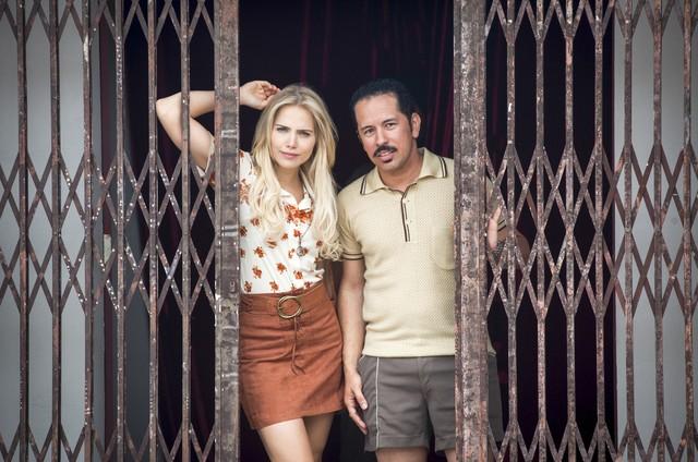 Leticia Colin e Edmilson Filho em 'Cine Holliúdy' (Foto: Marcos Rosa/TV Globo)