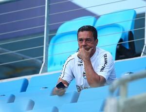 Luxemburgo observa treino do Grêmio na Arena (Foto: Lucas Uebel/Grêmio FBPA)