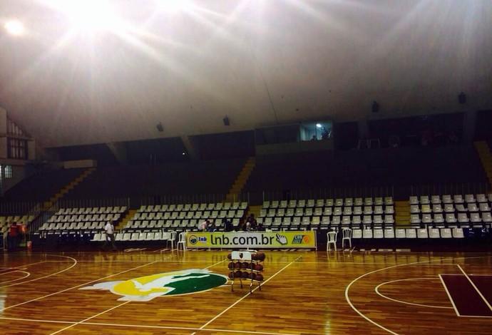 Flamengo x Franca ginásio Tijuca Tênis Clube (Foto: Danielle Rocha)