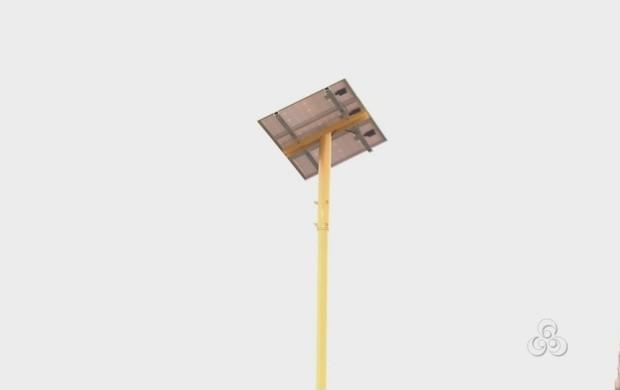 Universidade de Boa Vista instala postes solares na instituição (Foto: Bom Dia Amazônia)