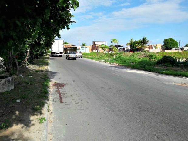 Crime ocorreu em trecho da Avenida Curação (Foto: Adneison Severiano/G1 AM)