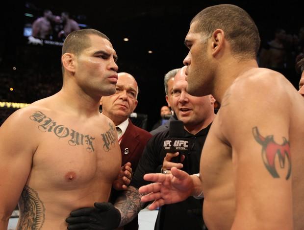 Cain Velásquez e Antônio Pezão vão se enfrentar novamente no UFC 160 (Foto: Zuffa LLC/Getty Images )