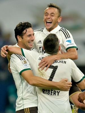Rafinha, Pizarro e Ribéry gol Bayern (Foto: AP)