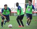 Gutiérrez treina e vira opção para decisão do Campeonato Baiano