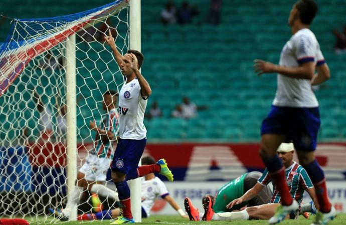Thiago Ribeiro comemora gol Bahia x Flu de Feira (Foto: Felipe Oliveira / Divulgação / E.C. Bahia)